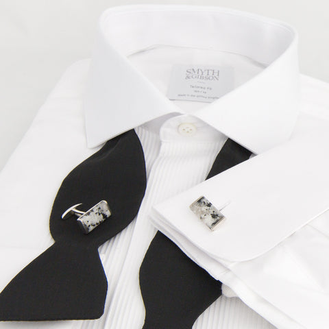 ALISTAIR-R X SMYTH AND GIBSON 'DONEGAL GRANITE' CUFFLINKS