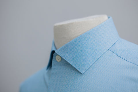 Smyth and Gibson Micro Spiral Print Tailored Fit shirt in Turquoise Blue
