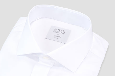 Smyth and Gibson Traveller Oxford Poplin Tailored Fit Shirt in White - Smyth & Gibson Shirts