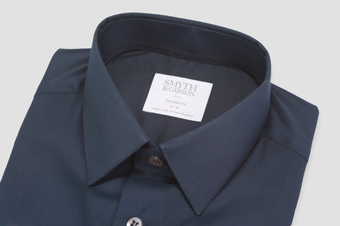 Smyth & Gibson Stretch Poplin Tailored Fit Shirt in Navy - Smyth & Gibson Shirts