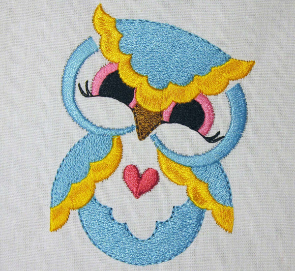 Blue Owl Heart Filled Embroidery BA015
