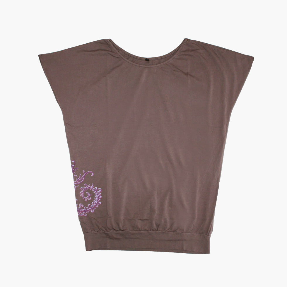 Ladies Oversized Tee with Vine - Ku Brands