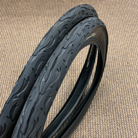 BICYCLE TIRES 24 X 3.0 EXTRA WIDE JUMBO FIT BALLOON TIRES CRUISER BIKES