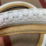 HWA FONG BMX WHITE TIRES 86 87 88 GT PRO PERFORMER HARO FREESTYLE BMX OLD SCHOOL NOS