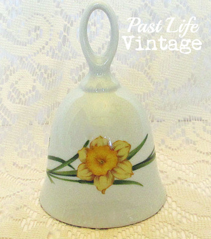Daffodil Bone China Bell Toscany Collection Vintage 1970 Free US Shipping