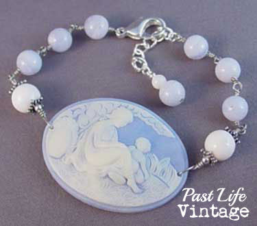 Vintage Mother and Child MidCentury Cameo Bracelet Beautiful Blue