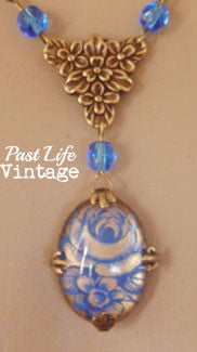 Vintage 1960s Blue Rose Cameo Necklace Free US Shipping