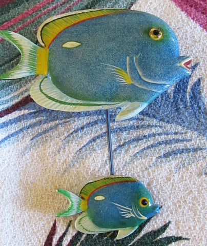 2 Large Tropical Fish Magnets Vintage 1980s Aquatic Beach Collectibles
