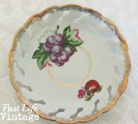 Vintage Porcelain Fruit Place Pierced Grapes Enesco Japan