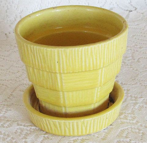 Vintage 40s McCoy Yellow Basket Weave Flower Pot Planter Free Shipping