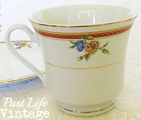 Truly Tasteful Fine China Tea Cup and Saucer Floral Free Shipping
