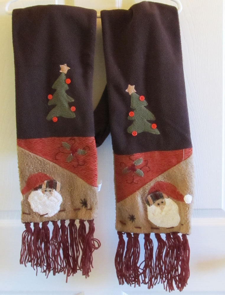 Unusual Folk Art Christmas Muffler Scarf Vintage 90s Autumn Colors Santa Clause Free Shipping