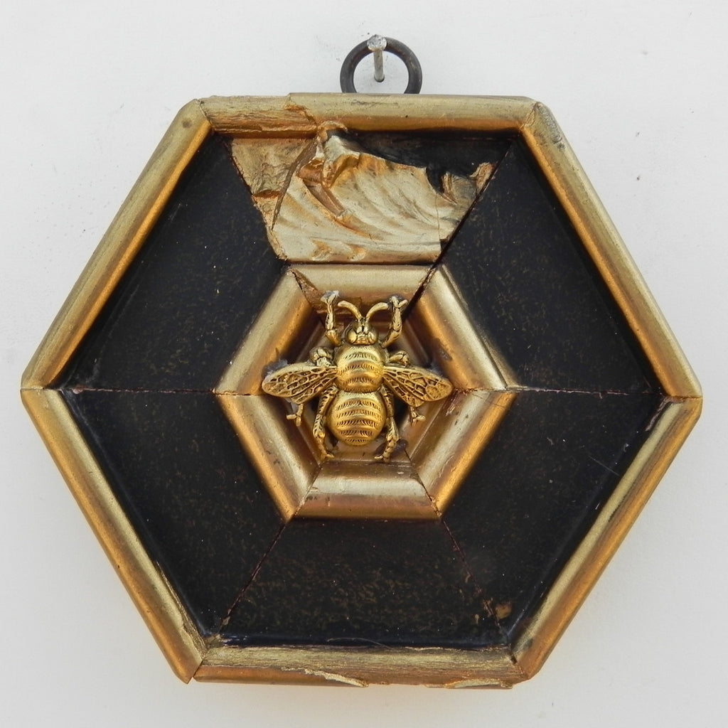 Grande Bee on Black & Gilt Frame