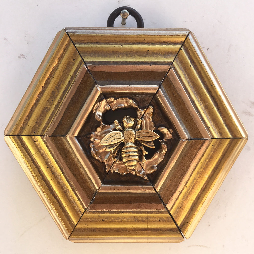 Gilt Frame with Reticulated Centering and Napoleonic Bee (3.75