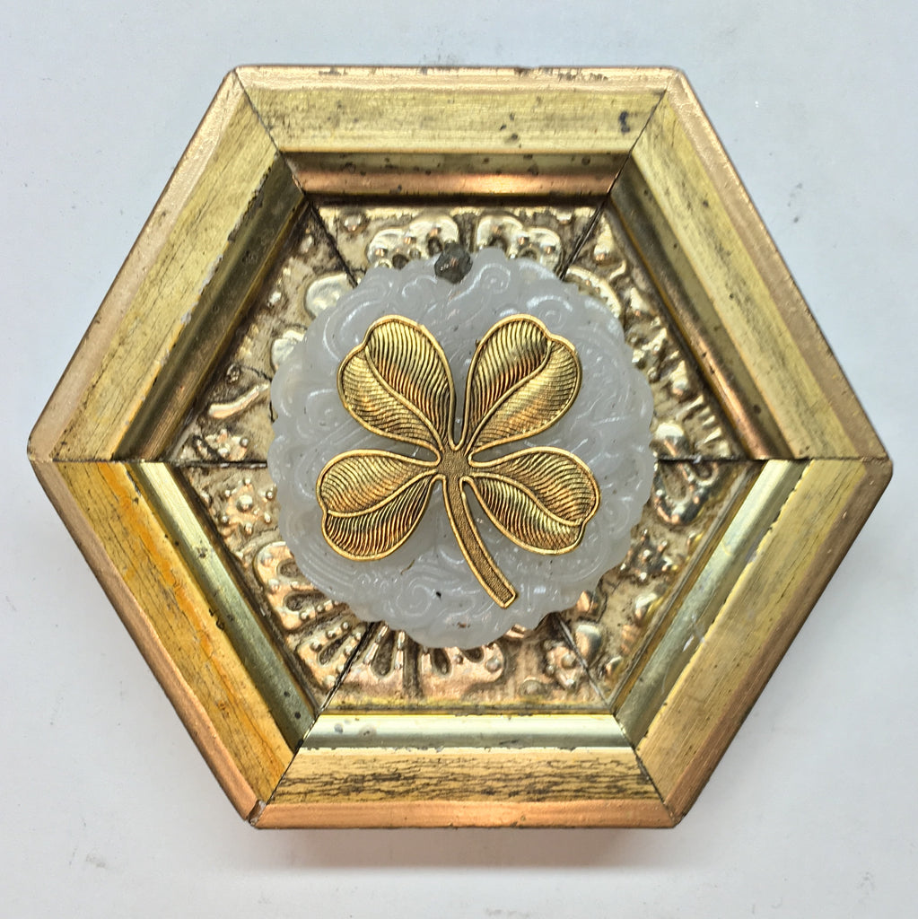 Gilt Frame with Clover on Jade (4