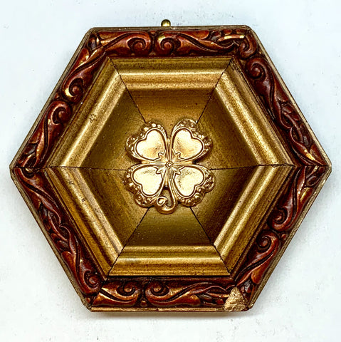Gilt Frame with Clover (3.25