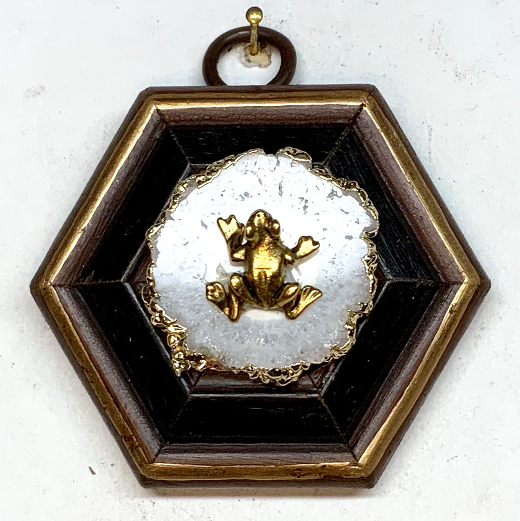 Wooden Frame with Frog on Quartz (2.75
