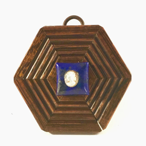 Hexagonal Parcel Wood Frame with Cameo