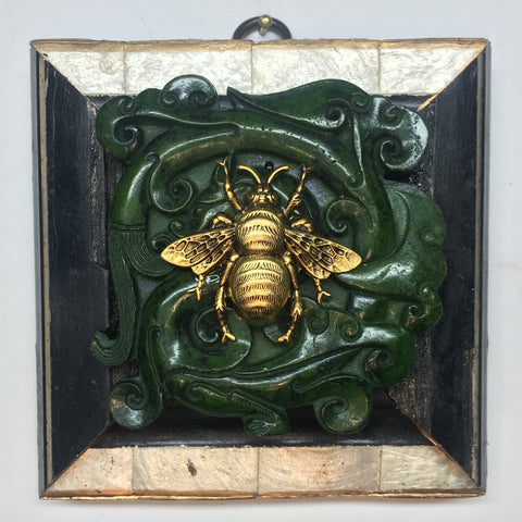 Lacquered Frame with Grande Bee on Jade Piece (4.5