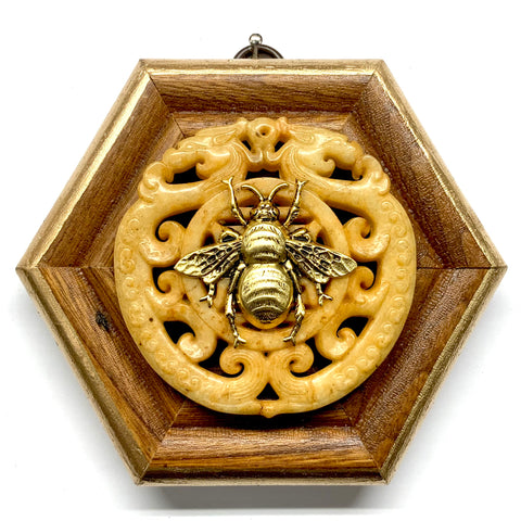 Wooden Frame with Grande Bee on Jade (4.75
