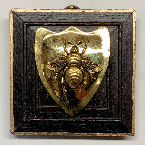 Gilt Frame with Grande Bee on Shield Brooch (3.5