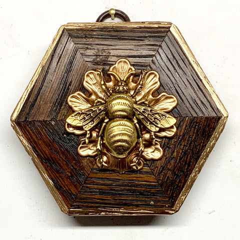 Wooden Frame with Grande Bee on Shell (3.5
