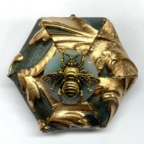 Painted Frame with Grande Bee on Stone (3