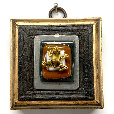 Bourbon Barrel Frame with Frog on Brooch (2.75