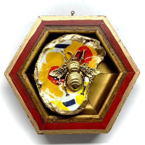 Lacquered Frame with Grande Bee on Oyster Shell (4.5