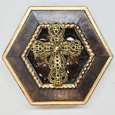 Burled Frame with Cross on Brooch (4