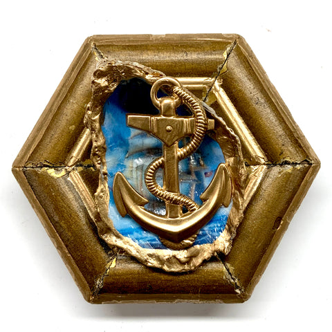 Gilt Frame with Anchor on Oyster Shell (4.25