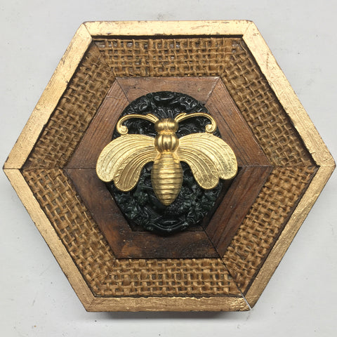 Wooden Frame with Deco Bee on Jade (4.75