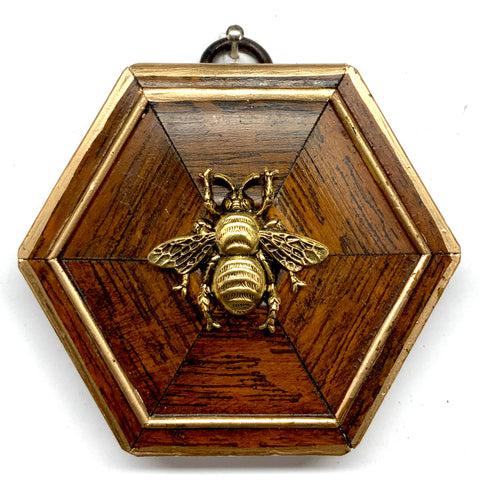 Wooden Frame with Grande Bee (3