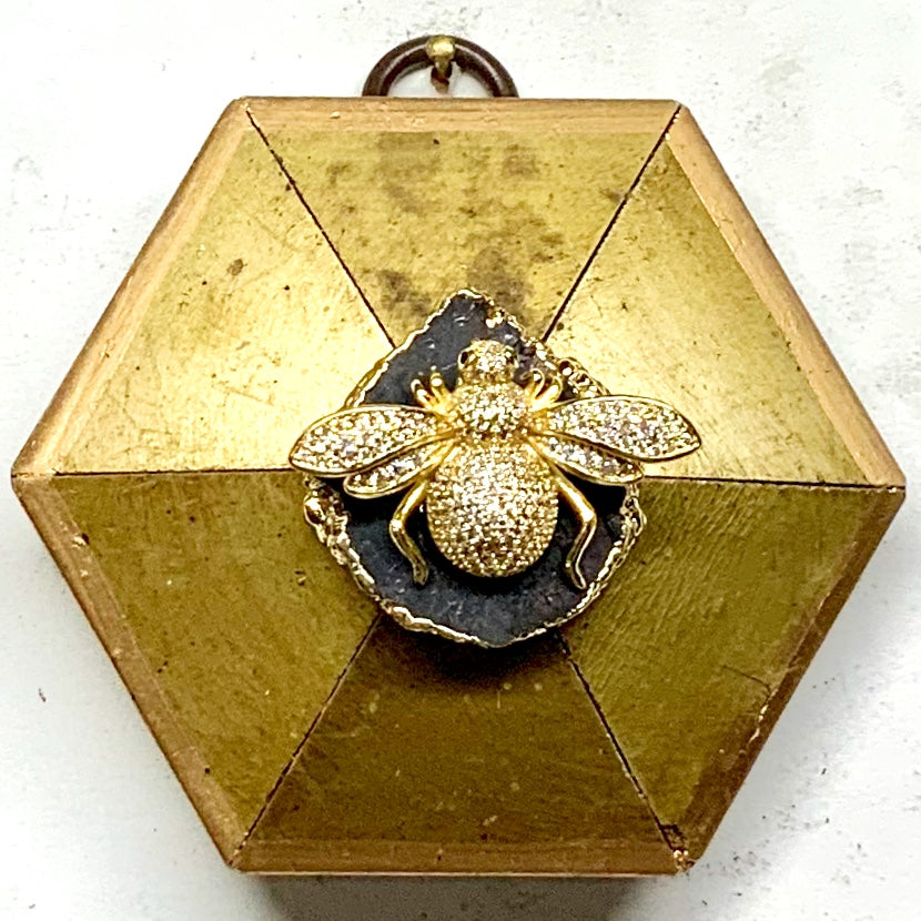 Gilt Frame with Sparkle Bee on Brooch (3