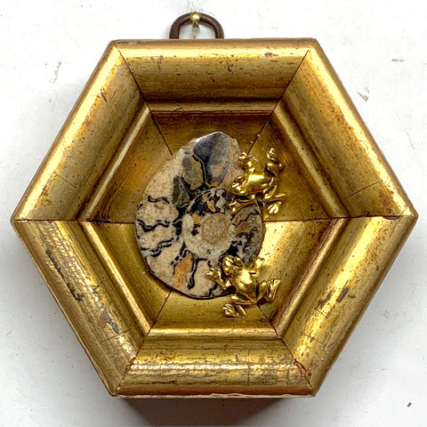 Gilt Frame with Frogs on Ammonite (4