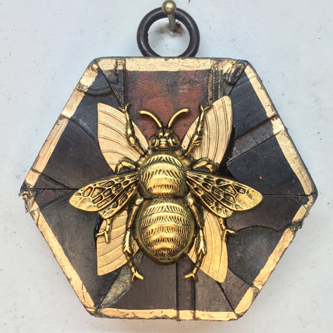 Coromandel Frame with Grande Bee (2.5