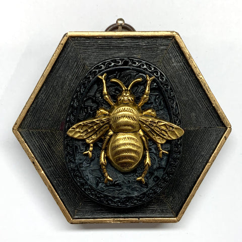Painted Frame with Grande Bee on Jade (3.25