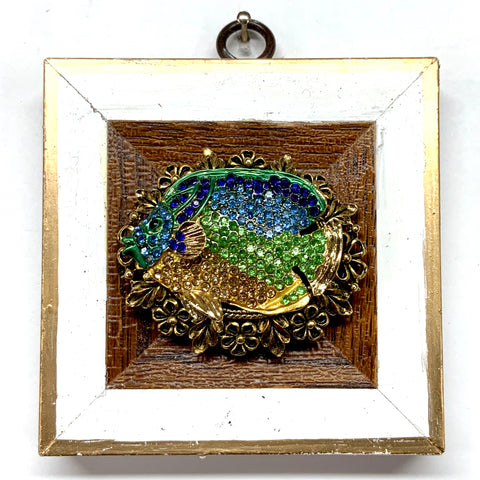 Lacquered Frame with Sparkle Fish Brooch (3.75