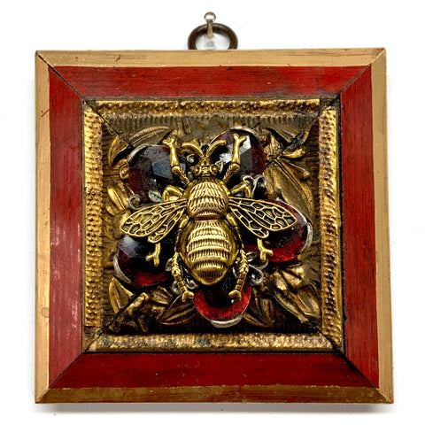 Lacquered Frame with Grande Bee on Brooch (3.75