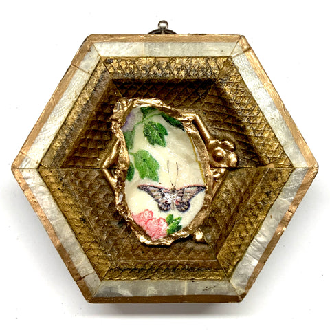 Mother of Pearl Frame with Butterfly Oyster Shell (3.5