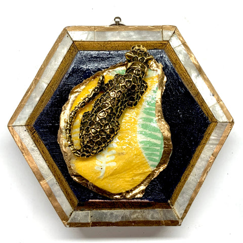 Mother of Pearl Frame with Leopard on Oyster Shell (4