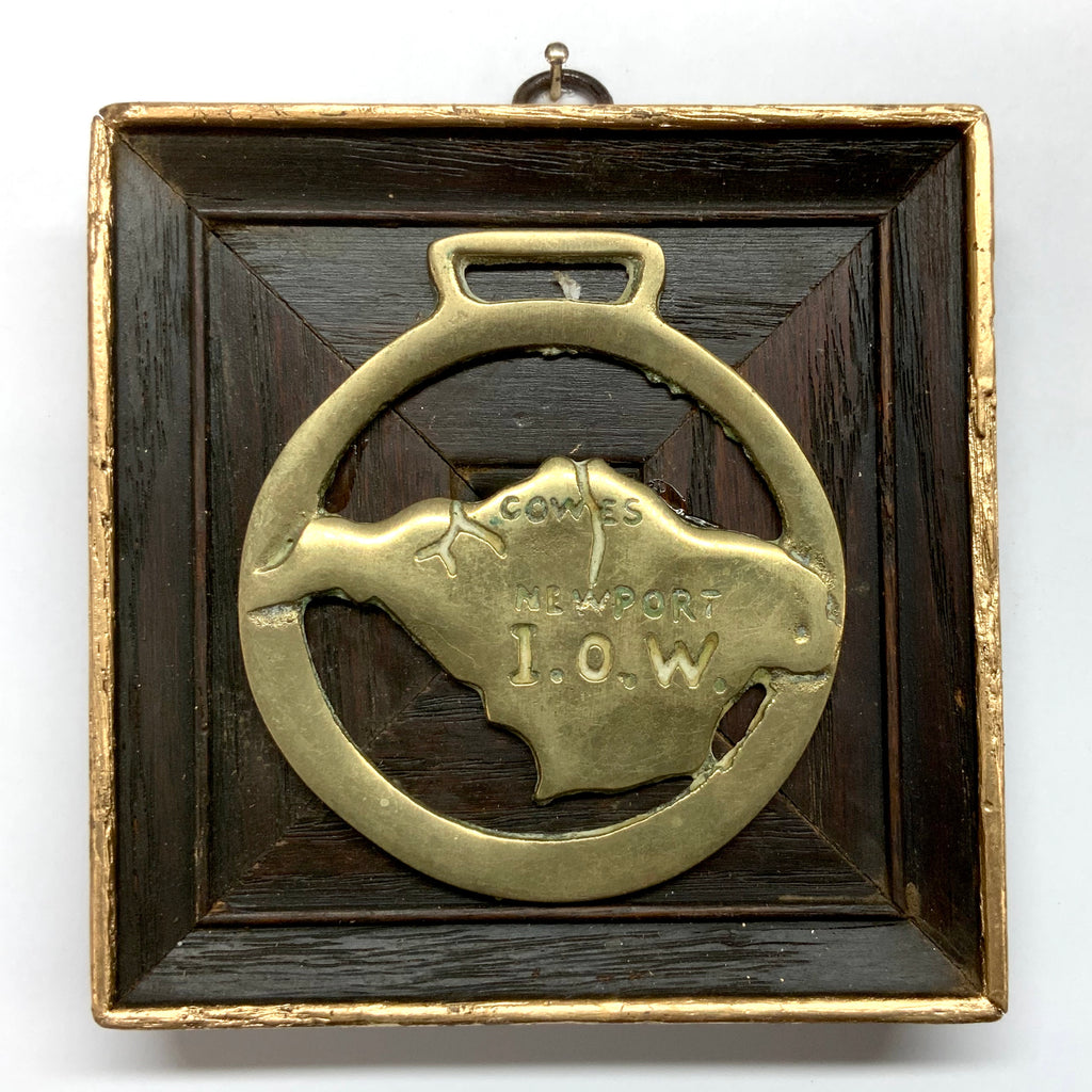 Wooden Frame with Newport I.O.W. Horse Brass (4.5