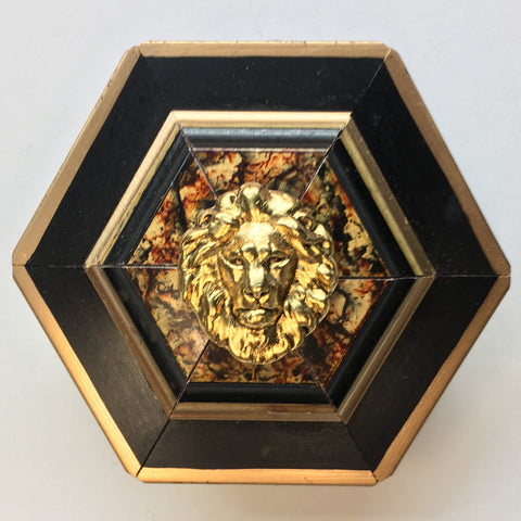 Lacquered Painted Frame with Lion (3.5