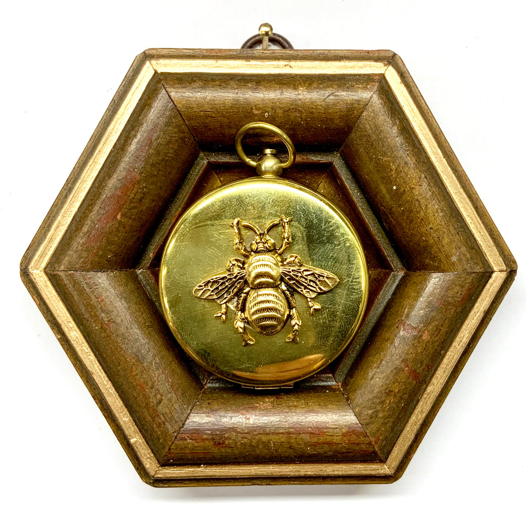 Wooden Frame with Grande Bee on Compass (4.5