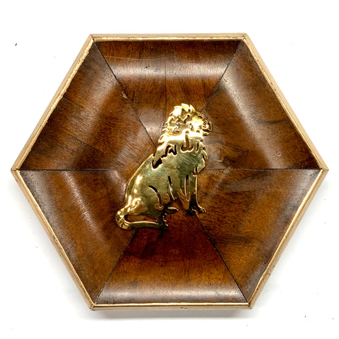 Burled Frame with Lion Brooch (6.5