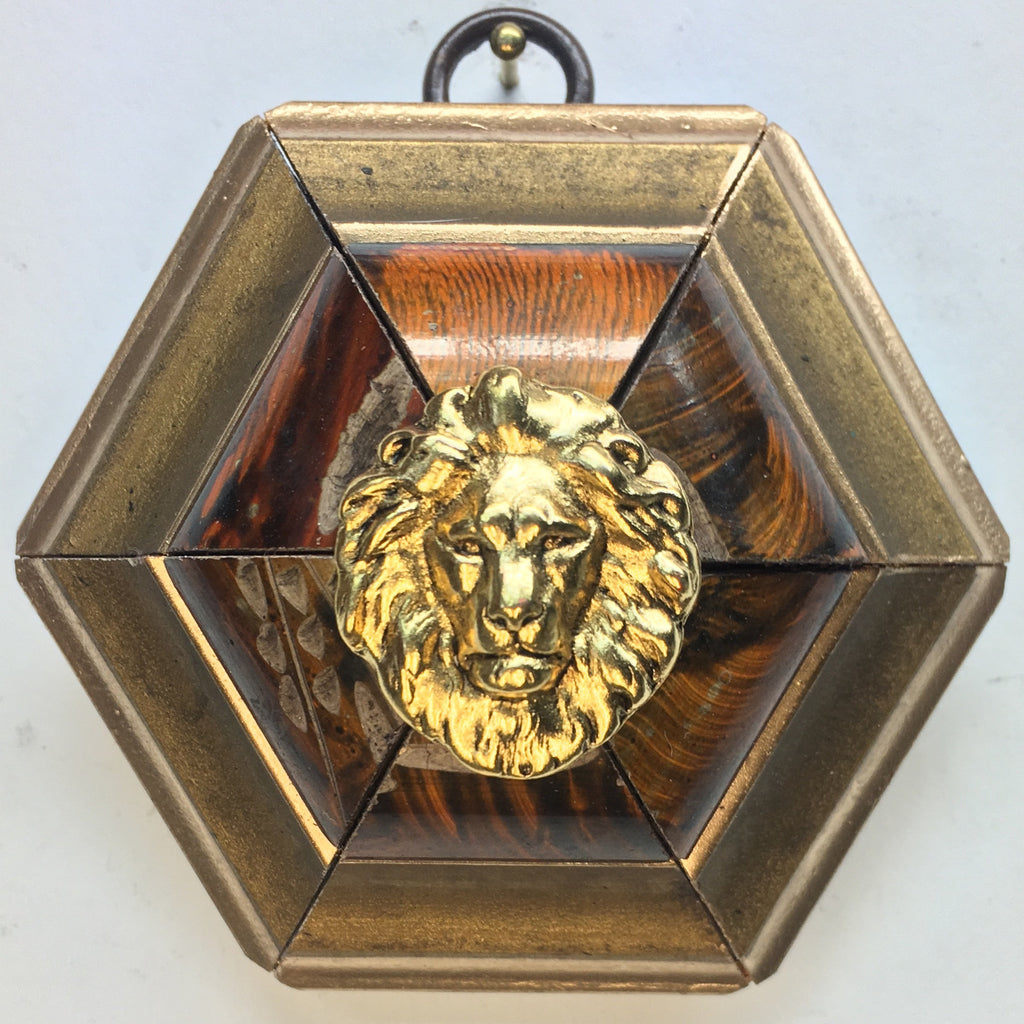 Gilt Painted Frame with Lion (3.25