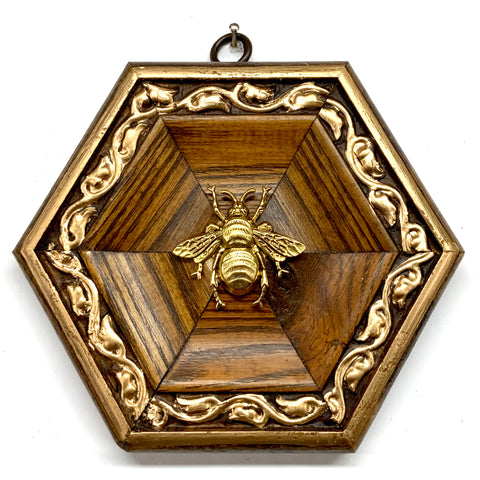 Wooden Frame with Grande Bee (5.5