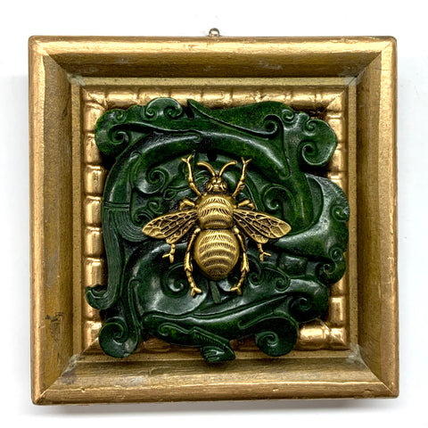 Gilt Frame with Grande Bee on Jade (4.25