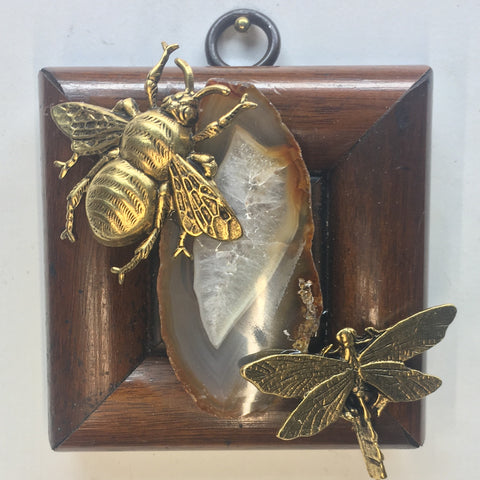 Wooden Frame with Grande Bee and Dragonfly around Agate Fragment (3