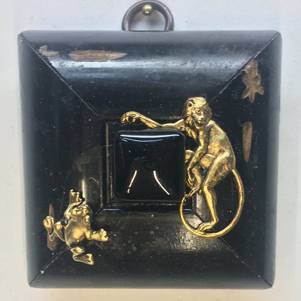 Lacquered Frame with Monkey and Frog (2.75